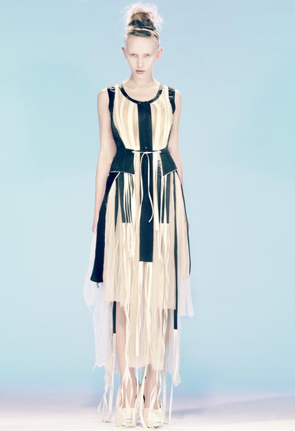 Felicity Brown to design dress for Erin O Connor