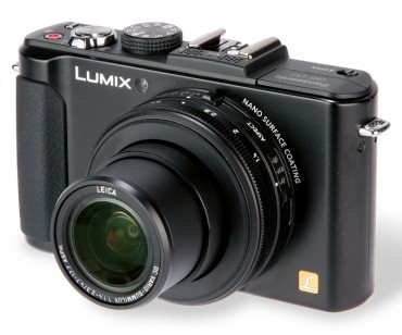 Panasonic Lumix DMC-LX7 front