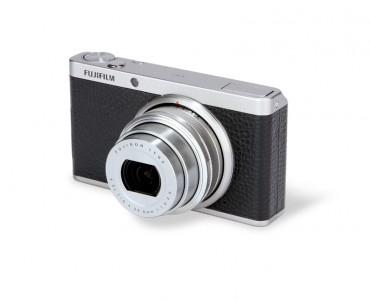 Fujifilm XF1 front